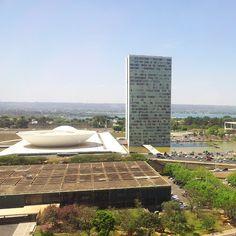 O dindim é pouco mas a vista é bonita... #brasilia