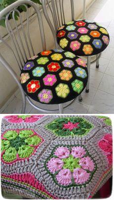 Chair Cushion Covers, Chair Cushions, African Flowers, Crochet Accessories, Crochet Patterns, Blanket, Bathroom, Furniture Restoration, Crochet Carpet