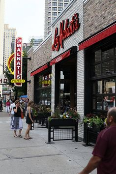 For Chicagoans, the love for their favorite pizza is as strong as their opinions on the Cubs and Sox, Marshall Field's and Macy's. Few take their pizza passion so seriously as the denizens of the Windy City!