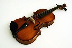 Hermosa Viola Infinity hecha de madera de maple