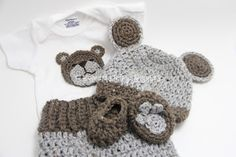 Crochet Baby Bear Set by Homemade by Giggles; instructions on the blog.