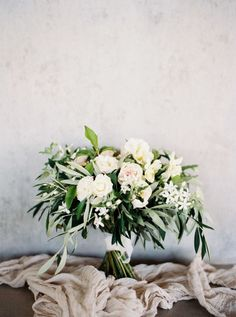 Photography : Katie Grant Photography Read More on SMP: http://www.stylemepretty.com/2016/05/11/bohemian-wedding-on-waiheke-island/ #weddingfloral