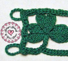 Shamrock Bracelet pattern by Heritage Heartcraft