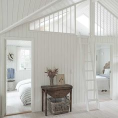 Small Cottage Interiors, Space Interiors, Cottage Design, House Design, Scandinavian Cottage, Scandinavian Interior Design, Home Interior Design, A Frame House, White Paneling