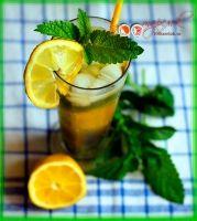 """""""Мохито""""  Ингредиенты:  сок лайма 30 мл  мята 1/3 пучка  сахарный песок 2 ч.л.  или сахарный сироп 20 мл  содовая или сок по вкусу 200-250 мл"""