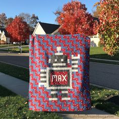de Jong Dream House: Quilt #118 :: Max's Robot Moment Of Silence, Deep Breath, Baby Quilts, Appliques, Robot, Baby Kids, House, Science, Babies