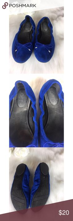 Cobalt Blue Flats Size 7 Beautiful Blue Flats Size 7 from The Loft. Excellent Exterior condition❤️ interior could use a cleaning. See photo.   If you want it, make an offer ✅ I need to make room for new items so I love to negotiate. Bundle multiple items for the best savings. Pay one price of shipping 📦! Thanks for visiting LOFT Shoes Flats & Loafers