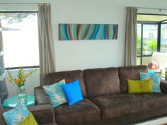 http://www.resene.co.nz/homeown/decorating_inspirations/picts/13-38_2.jpg