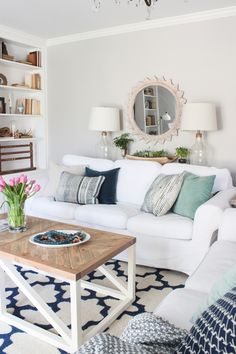 Home Decor Wall The Best Small Living Room Ideas For Inspiration.Home Decor Wall The Best Small Living Room Ideas For Inspiration Formal Living Rooms, Small Living Rooms, My Living Room, Living Room Designs, Living Room Decor, Living Spaces, Dining Room, Modern Living, Spring Home