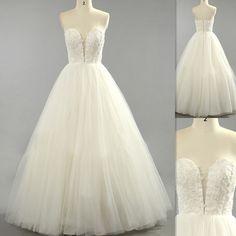 Designer Vintage Wedding Dresses Ivory Tulle A-line V-neck