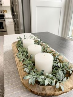 Dining Room Table Centerpieces, Table Decorations, Dinning Room Table Decor, Vase Deco, Deco Table, Cozy House, Home Living Room, Home Projects, Home Remodeling