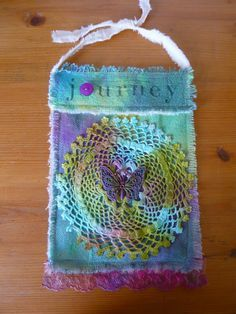 The Prayer Flag Project: Prayer Flags Prayers and how to pray Sewing Art, Sewing Crafts, Sewing Projects, Prayer Box, Prayer Flags, Fabric Art, Fabric Crafts, Peace Flag, Textiles