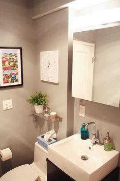 Bathroom shelf and wall decor