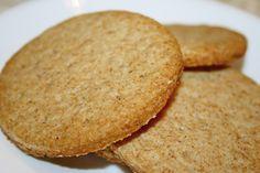 Reteta culinara Biscuiti digestivi din categoria Mancare copii. Specific Canada. Cum sa faci Biscuiti digestivi Baby Food Recipes, Dessert Recipes, Healthy Recipes, Romanian Food, Biscotti, Cornbread, Love Food, Deserts, Sweets