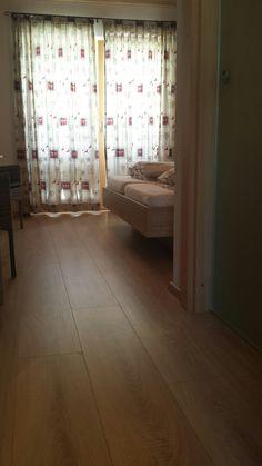 Tweepersoons kamer. Kamer 201 op de eerste verdieping van Hotel Sonnenlicht.