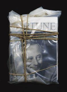 Christo and Jeanne-Claude - Wrapped Magazine 2000 Agatha Christie, Christo Art, Gropius Bau, Christo And Jeanne Claude, Textiles, Art For Art Sake, Environmental Art, Land Art, Book Design