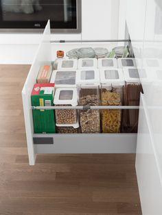Toivepostaus: keittiömme säilytysratkaisut - At Maria& Food Storage, Storage Ideas, My Dream Home, Kitchen Remodel, Sweet Home, Organization, Organize, Decoration, Tips