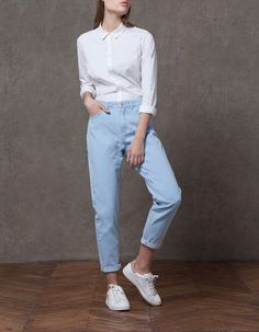 At Stradivarius you'll find 1 Momfit jeans for woman for just 499.9 IDR . Visit now to discover this and more CLOTHING.