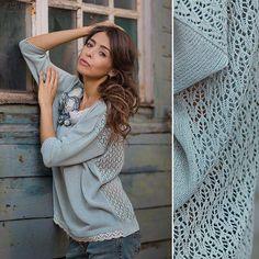 Лёгкий,нарядный свитер с ажурной спинкой и рукавом три четверти связан из струящейся вискозы. Невесомый и невероятно лёгкий свитер,отделан по низу и горловине тончайшим хлопковым в тон. В комплекте идёт текстильная брошь.Можно выполнить и в другой цветовой гамме: персидская сирень,рубиново-красном,соломенно-бежевом( кружево беж).