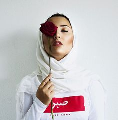 Happy world hijab day ! Hijab Chic, Casual Hijab Outfit, Street Hijab Fashion, Muslim Fashion, Modest Fashion, Fashion Women, Girl Fashion, Muslim Girls, Muslim Women