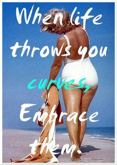 Motivation Mondays: Embrace Your Curves - The Pretty Pear Bride - Plus Size Bridal Magazine Beautiful Curves, Big And Beautiful, Sexy Curves, Beautiful People, Curvy Fashion, Plus Size Fashion, Curvy Quotes, Body Positivity, Plus Sise