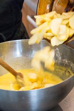 La pescajoune de Marielle. Une recette typique du Quercy : une sorte de crêpe épaisse avec des fruits.