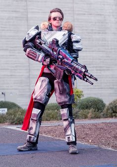Destiny titan cosplay by pheelgoodcosplay on DeviantArt Destiny Costume, Destiny Cosplay, Amazing Cosplay, Best Cosplay, Cosplay Costumes, Halloween Costumes, Cosplay Ideas, Titan Armor, Cool Gear