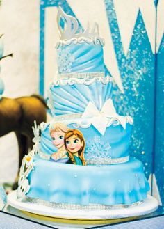 """Let it Go"" Frozen Birthday Party {Childhood Cancer Awareness} // Hostess with the Mostess® Frozen Birthday Party, Disney Frozen Party, Frozen Theme Party, Birthday Cakes, Girl Birthday, Cupcakes, Cupcake Cakes, Pastel Frozen, Elsa"