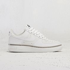2017 Nike Dame Tennis Classic Ultra Leather Sneakers