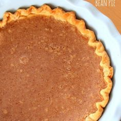 With spicing reminiscent of a pumpkin or sweet potato pie, a Sweet Bean Pie will satisfy traditional taste buds. It& wonderful with a tiny scoop of vanilla ice cream on top! Brownie Desserts, Oreo Dessert, Mini Desserts, Coconut Dessert, Just Desserts, Delicious Desserts, Yummy Food, Coconut Milk, Pie Recipes