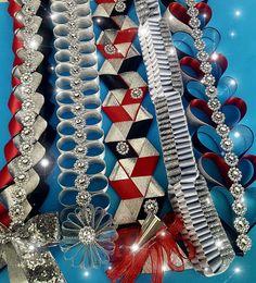 Blinged out braids make a mum sparkle! Unique Homecoming Mums, Homecoming Mums Senior, Homecoming Spirit Week, Homecoming Garter, Homecoming Ideas, Homecoming Dresses, Football Mums, Football Crafts, Old Lady Costume
