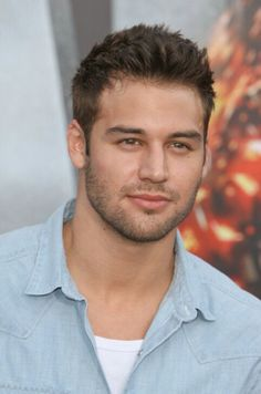 <3 Ryan Guzman, Pretty Men, Gorgeous Men, Beautiful People, Facial Hair Growth, Handsome Faces, Men's Grooming, Celebs, Celebrities