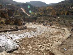 otoño en los chopos del río Escuriza desde la cuesta de San Gil, de hace unos años cuando la restauraron