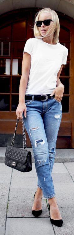 Black Pumps Ripped Jeans White Basic Tee Fall Inspo #Fashionistas