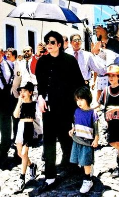 Michael Jackson in Brasil ;) He always loved babies and all children of the world ღ by ⊰@carlamartinsmj⊱