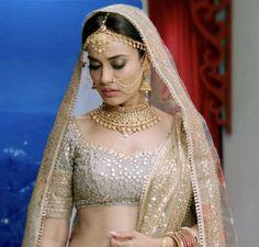 Beautiful Bride, Beautiful People, Nose Jewels, Actress Priya, Tashan E Ishq, Ballroom Costumes, Lehenga Blouse, Bride Portrait, Actor Photo