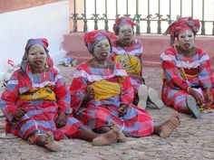 Women in many areas along the southwest Indian Ocean apply a beauty mask of coral and sandalwood paste to protect their faces from the sun. These women were on Mozambique Island. Countries To Visit, East Africa, Ocean, Information, Island, Country, Beautiful, Faces, Photography