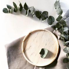 "Marble Moments (@marblemoments) na Instagramie: Magical November sun looked through…"" #marble #stone #tray #carrara #calacatta #round"