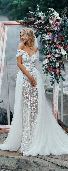 Wedding dress with train,Bohemian wedding dress,Wedding dresses,Modern wedding dress #weddings #dresses #weddingdresses #weddingideas