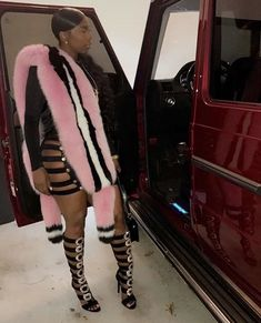 Daily Fashion, Teen Fashion, Kash Doll, Thick Girl Fashion, Birthday Fashion, Night Out Outfit, Confident Woman, Night Looks, Dope Outfits