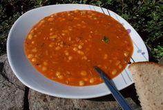 Fazolová gulášová polévka Ethnic Recipes, Food, Essen, Meals, Yemek, Eten