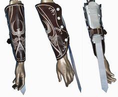 Creed-Ezio-Auditore-traje-traje-cosplay-Ezio-manopla-vambrace-Anime-presente-de-Natal-traje-maquiagem-do.jpg (772×640)