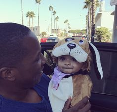 Leslie Odom Jr. and daughter Lucille Halloween 2017