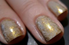 Love. Varnish, chocolate and more...: Beige and gold nails with the saran wrap technique!