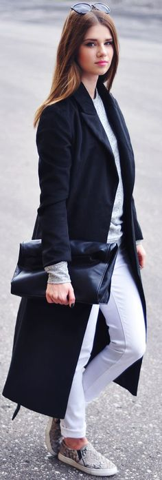 To find out about the Black Shawl Drawstring Waist Long Coat at SHEIN, part of our latest Outerwear ready to shop online today! Love Fashion, Girl Fashion, Fashion 2015, Classy Fashion, Street Fashion, Fall Chic, Black White Fashion, Chic Outfits, Sport Outfits