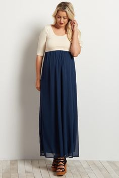 A night out calls for the most gorgeous maternity maxi dress in your closet. This chiffon bottom color block number is designed just for this occasion. A breezy style and flattering cut give you a comfortable feel that you know you will look amazing in all night long.