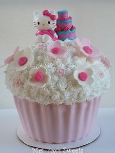 Hello Kitty Giant Cupcake Cake