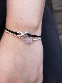 Minimalistic Dainty Rose Gemstone Quartz Silver Chain Bracelet   Etsy Bracelet Making, Jewelry Making, Dainty Jewelry, Unique Jewelry, Minimalist Design, Rose Quartz, Gemstones, Chain, Trending Outfits