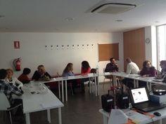 #Curso de @CeliaHil sobre CÓMO GESTIONAR EMOCIONALMENTE EL #PARO - HERRAMIENTAS DE #PNL, #COACHING Y #ORIENTACION PARA SUPERAR ESTA SITUACIÓN En la Regidoria de #Treball de #Calafell @CalafellTreball #Ocupacio #Feina #Formacio #Atur #BaixPenedes #Empleo #Formacion #Trabajo #Orientacio