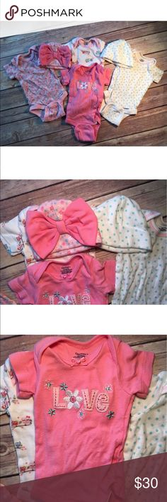 Lot of 4  baby girl Gerber onesie & 2 hats In good condition no stains rips or holes. Other
